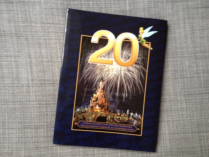 Review New Disneyland Paris Book 20 Years Of Dreams Le