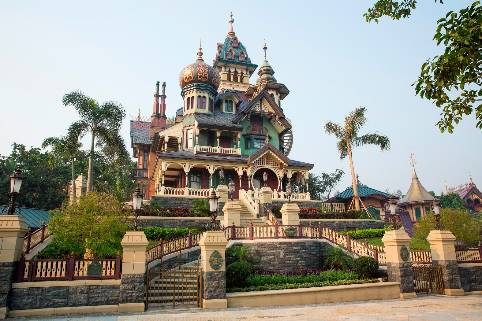 Mystic Manor Hong Kong Disneyland  Mystic Point  Haunted Mansion