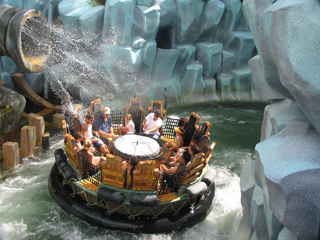 Universal orlando islands of adventure popeye water raft ride
