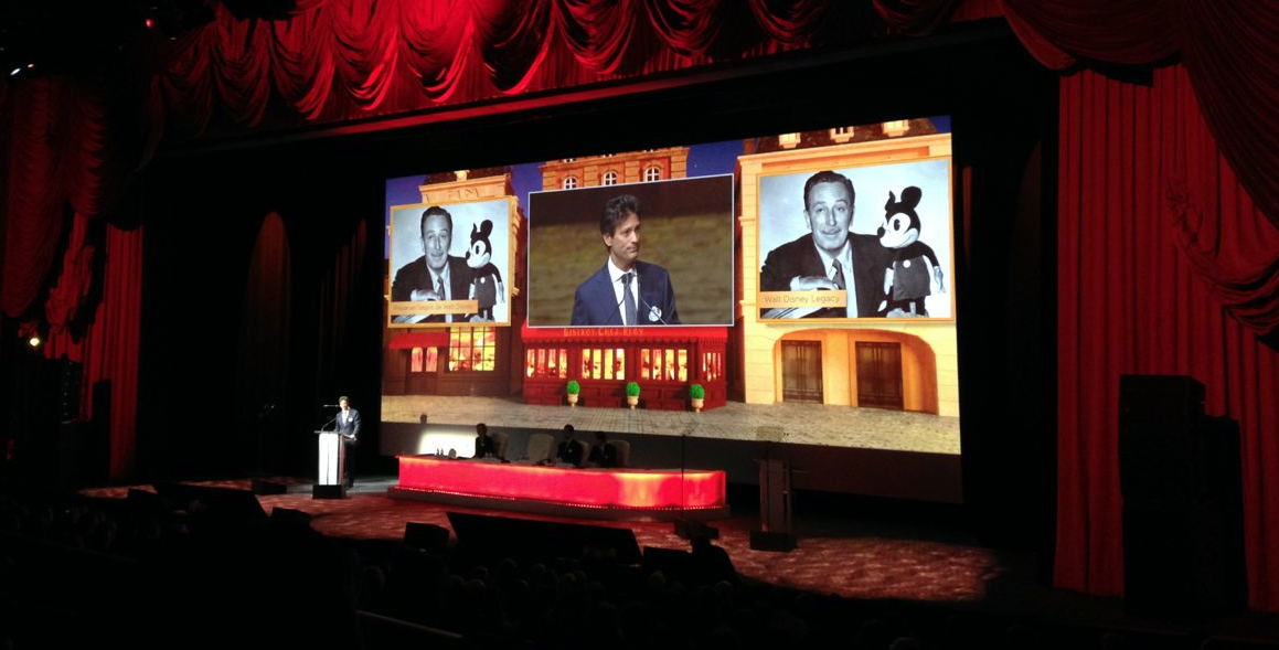 Disneyland Paris Shareholders Meeting 2014 : Showtime!