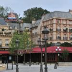 Ratatouille the adventure totalement toquée de remy disneyland paris walt disney studios place de remy plaza