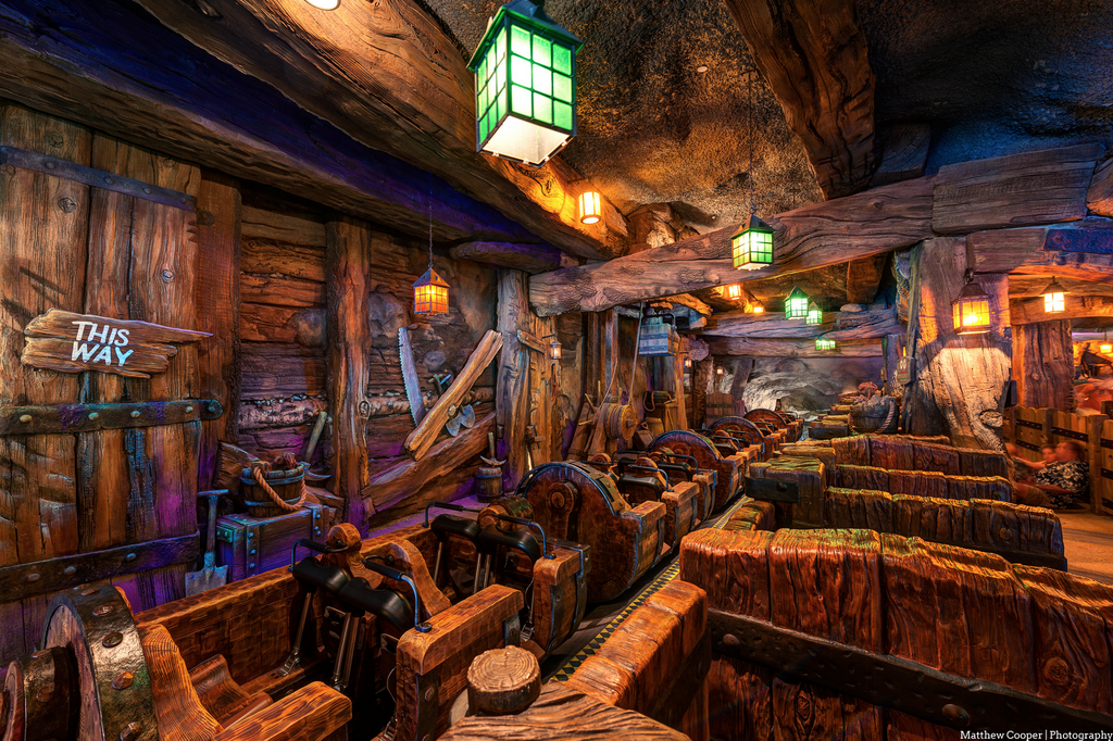 the 7 dwarfs mine train