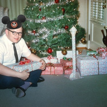 christmas-disney-presents