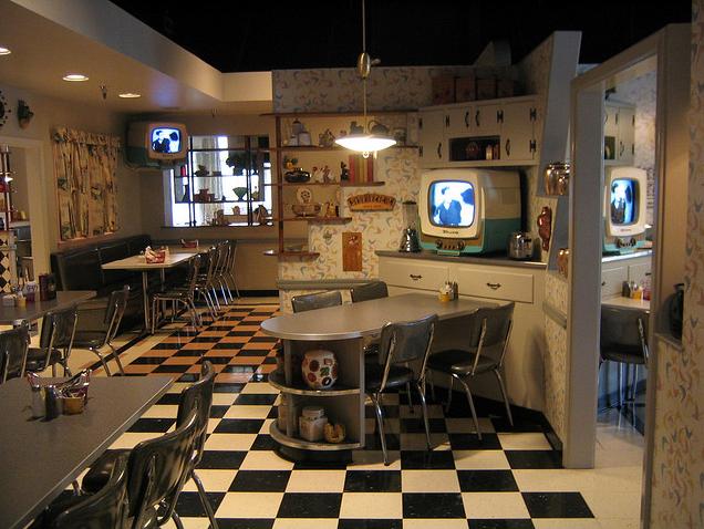 Disney's Hollywood Studios 50's prime time cafe restaurant
